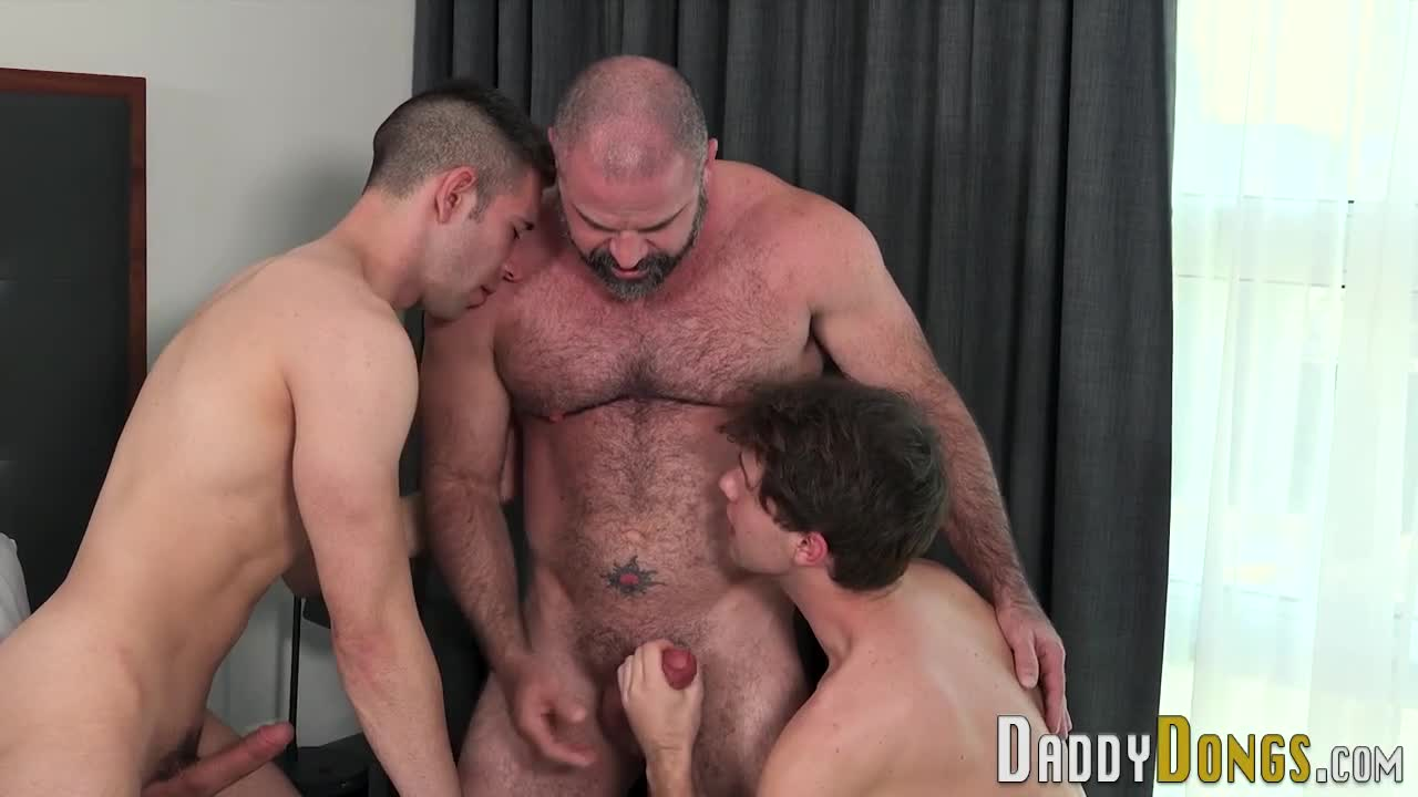 Порно Геи Отчим