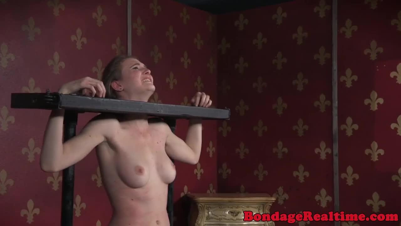 Nipple clamped slave gets pussyfingered
