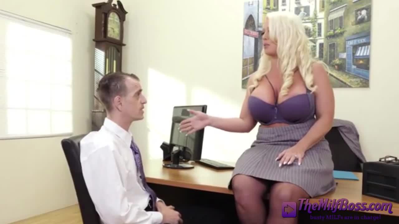 Amateur Blonde Milf Fucks Bbc