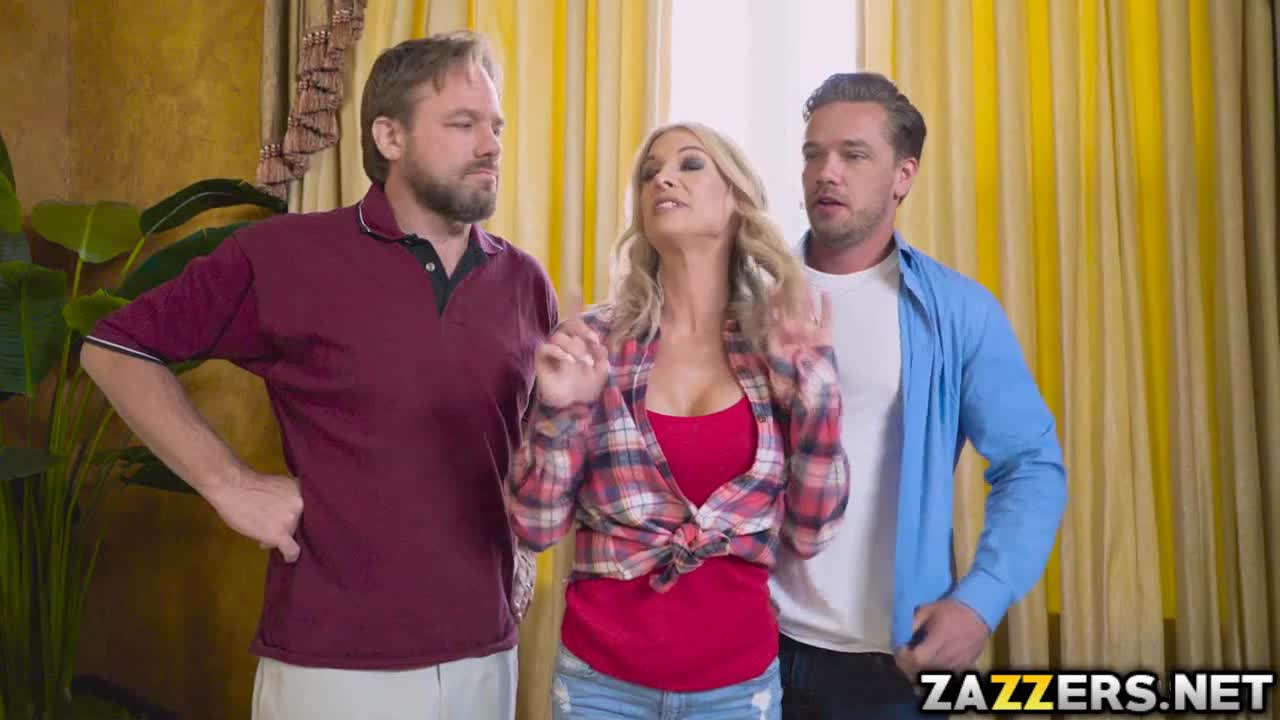 LILY: Synthia Fixx jerking Kyle Mason
